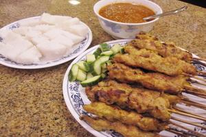 resep-satai-ayam-dengan-ketupat-ala-malaysia