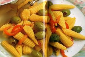 resep-salad-jagung-muda-dan-pimiento