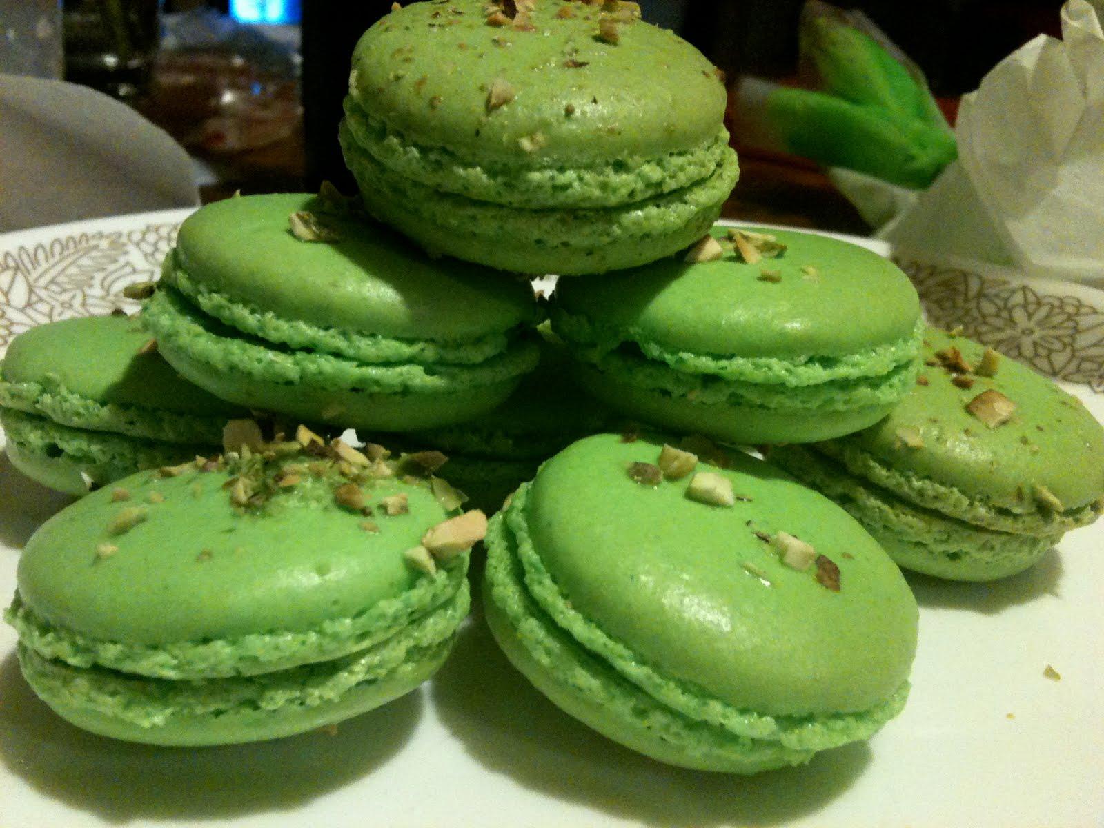 resep-apricot-pistachio-macaron